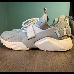 Nike air Hurrache city shoes